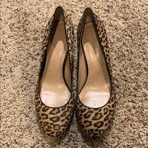 NWOT Banana Republic Leopard Print Heels - size 9
